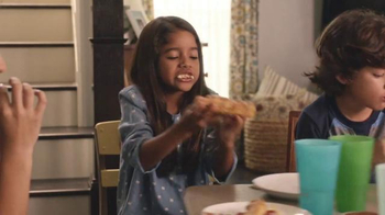Pizza Hut Twisted Crust TV Spot, 'Kid's Table is Better Together' - Thumbnail 4