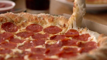 Pizza Hut Twisted Crust TV Spot, 'Kid's Table is Better Together' - Thumbnail 7