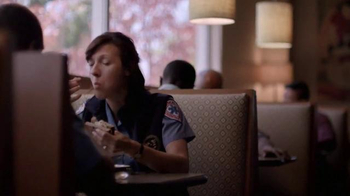 Panera Bread Roasted Turkey Apple & Cheddar Sandwich TV Spot, 'Many Ways' - Thumbnail 4