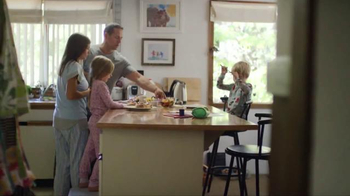 Pillsbury Cinnamon Rolls TV Spot, 'Give It a Pop: Icing' - Thumbnail 1