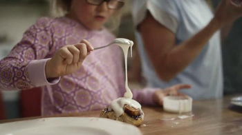 Pillsbury Cinnamon Rolls TV Spot, \'Give It a Pop: Icing\'