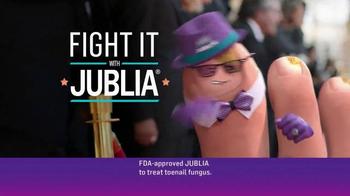 Jublia TV Spot, 'Toe Nail Fungus Arrives on Red Carpet' Feat. Mario Lopez - Thumbnail 3