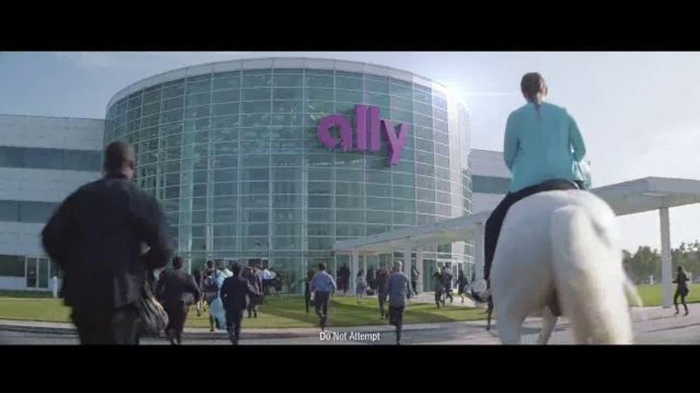 Ally Bank Tv Commercial Team Huddle Song By M 246 Tley Cr 252 E