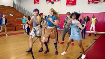 Macy's TV Spot, 'Back to School: Vuelve' Song by De La Soul [Spanish] - Thumbnail 2
