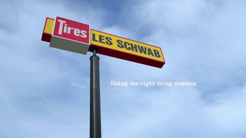 Les Schwab Tire Centers Fall Tire Sale TV Spot, 'Thanks' - Thumbnail 8