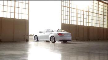 2016 Lexus ES TV Spot, 'Perspectiva única' [Spanish] - Thumbnail 10