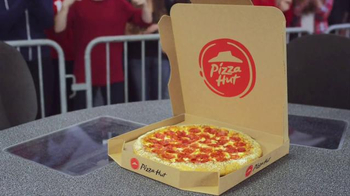 Pizza Hut TV Spot, 'Hungry College Football Fans' - Thumbnail 8