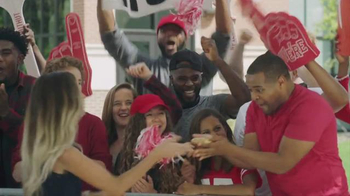 Pizza Hut TV Spot, 'Hungry College Football Fans' - Thumbnail 5