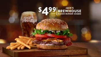 Jack in the Box Brewhouse Bacon Burger TV Spot, 'Undercover Jack' - Thumbnail 9