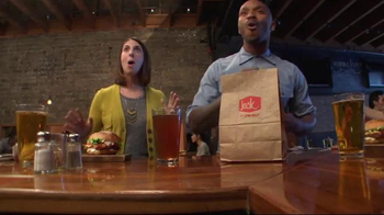 Jack in the Box Brewhouse Bacon Burger TV Spot, 'Undercover Jack' - Thumbnail 7
