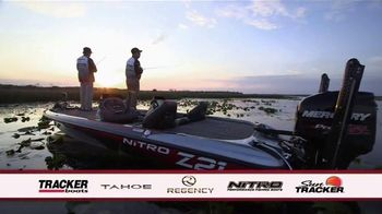 Bass Pro Shops Labor Day Blowout TV Spot, 'Hometown Festival and Boats'