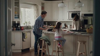 Folgers TV Spot, 'Saturday Morning With Folgers' Song by Andrew Allen - Thumbnail 1