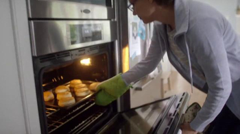 Pillsbury Grands! Flaky Layers TV Spot, 'Biscuits of Biscuits: The Inside' - Thumbnail 1