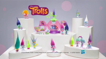 DreamWorks Trolls Poppy's Coronation Pod TV Spot, 'Party Time' - Thumbnail 10