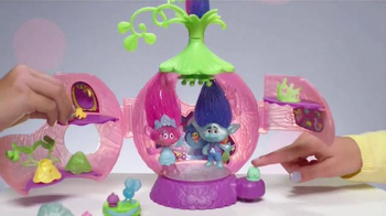 DreamWorks Trolls Poppy's Coronation Pod TV Spot, 'Party Time'