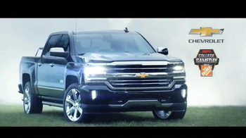 Chevrolet Silverado TV Spot, 'The Journey to ESPN College GameDay: Week 1' - Thumbnail 10