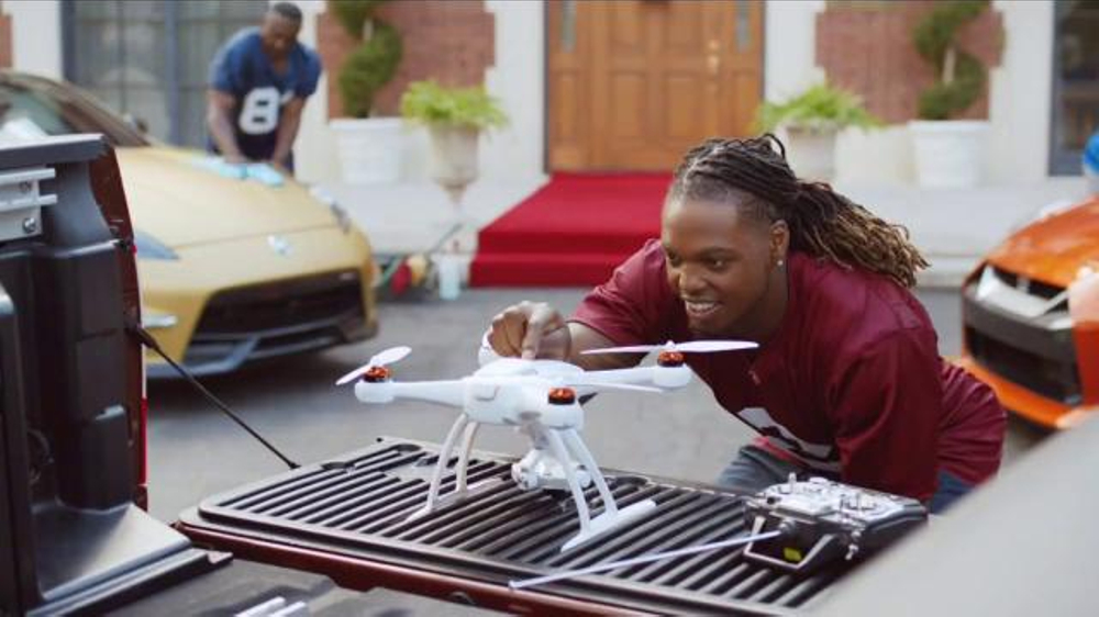 Mark Ingram Cars >> Nissan TV Commercial, 'Heisman House: Welcome to the House' Song by Thin Lizzy - iSpot.tv