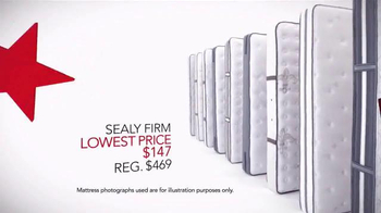 Macy's Labor Day Mattress Sale TV Spot, 'Special Financing' - Thumbnail 3