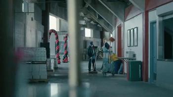 Courtyard Marriott Sleepover Contest TV Spot, 'Wake Up at Super Bowl LI' - Thumbnail 2