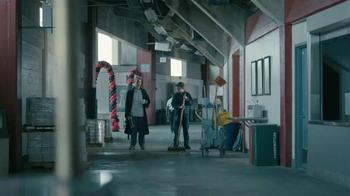 Courtyard Marriott Sleepover Contest TV Spot, 'Wake Up at Super Bowl LI' - Thumbnail 4