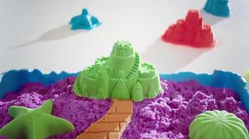 Kinetic Sand Sandcastle Set TV Spot, 'Magical Lands' - Thumbnail 5
