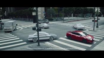 2016 Nissan Maxima TV Spot, 'Camouflage' - Thumbnail 2