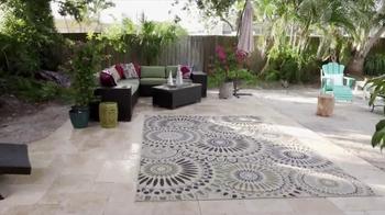Joss and Main TV Spot, 'HGTV: St. Pete Beach Backyard'