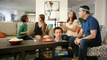 Hedbanz Electronic TV Spot, 'Laugh Your Heads Off'
