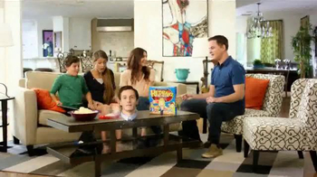 Hedbanz Electronic TV Spot, 'Laugh Your Heads Off' - Thumbnail 2