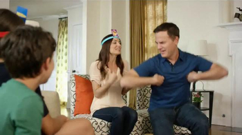 Hedbanz Electronic TV Spot, 'Laugh Your Heads Off' - Thumbnail 7
