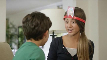 Hedbanz Electronic TV Spot, 'Laugh Your Heads Off' - Thumbnail 8