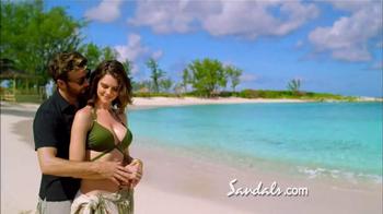Sandals Resorts Royal Bahamian TV Spot, 'Offshore Island Adventure' - Thumbnail 5