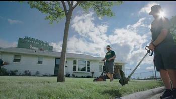 NFL TV Spot, 'Football Is Family: Lambeau Field's Neighbors' Ft. Eddie Lacy - Thumbnail 4