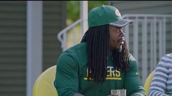 NFL TV Spot, 'Football Is Family: Lambeau Field's Neighbors' Ft. Eddie Lacy - Thumbnail 5