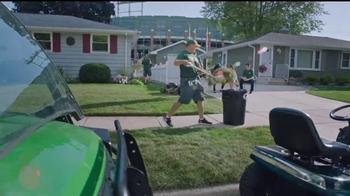 NFL TV Spot, 'Football Is Family: Lambeau Field's Neighbors' Ft. Eddie Lacy - Thumbnail 6