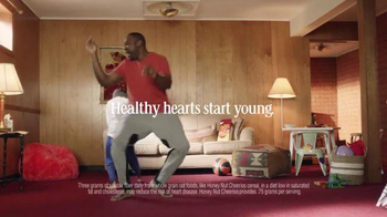 Honey Nut Cheerios TV Spot, 'Dancing Dads' - Thumbnail 4