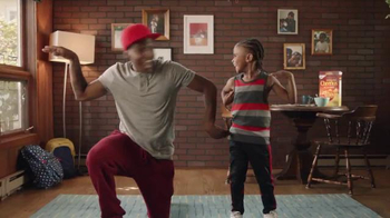 Honey Nut Cheerios TV Spot, 'Dancing Dads' - Thumbnail 6