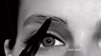 Maybelline New York Brow Define + Fill Duo TV Spot, 'Brows That Wow' - Thumbnail 5