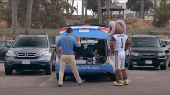 2016 Honda Civic LX TV Spot, 'Los Angeles Rams' - Thumbnail 2