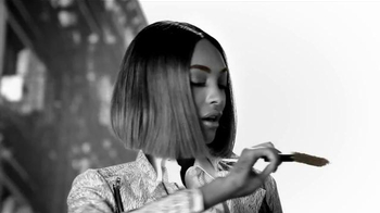 Maybelline New York Brow Drama Pomade Crayon TV Spot, 'One Sweep' - Thumbnail 7