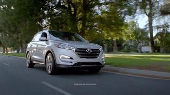 2016 Hyundai Tucson TV Spot, 'Bee' - Thumbnail 2