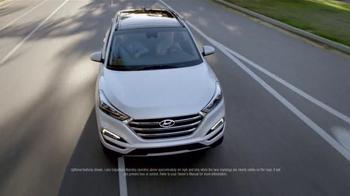 2016 Hyundai Tucson TV Spot, 'Bee' - Thumbnail 3