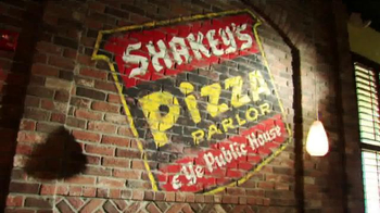Shakey's Pizza Parlor Bunch of Lunch TV Spot, '$8.29!' - Thumbnail 2