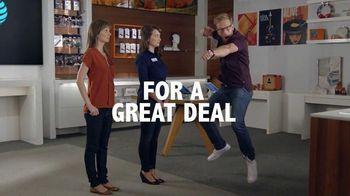AT&T Wireless TV Spot, 'Horse Wrangler'