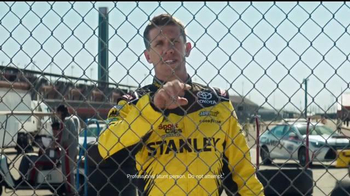 2017 Toyota Tundra TV Spot, 'Tailgating' Featuring Carl Edwards - Thumbnail 9