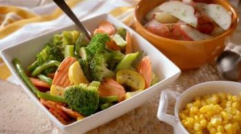 Boston Market Half Chicken Meal TV Spot, 'You're Invited' - Thumbnail 3