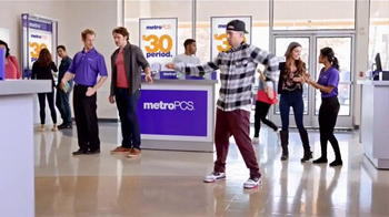 MetroPCS TV Spot, 'Get Your Feet Moving to MetroPCS!' - Thumbnail 2