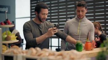 Wells Fargo TV Spot, 'Juice Bar' - Thumbnail 4
