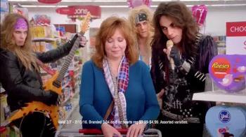 Kmart TV Spot, 'Valentine's Day: Love Rocks' - Thumbnail 4