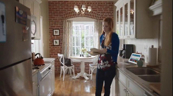 Priceline.com TV Spot, 'When Family's on the Line' - Thumbnail 1